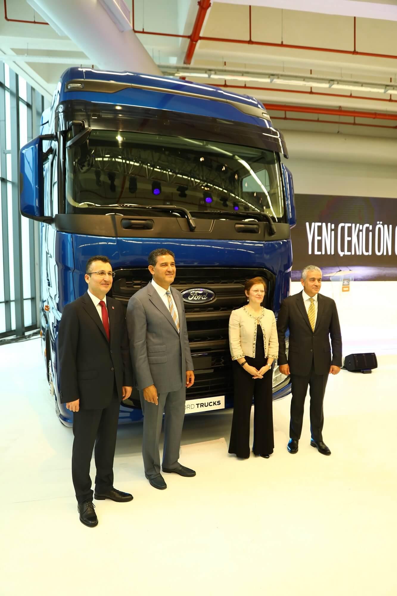 Ford Trucks 2016 >> Ford Trucks'ın Yeni Çekicisi Karşınızda!   Ford Otosan Blog