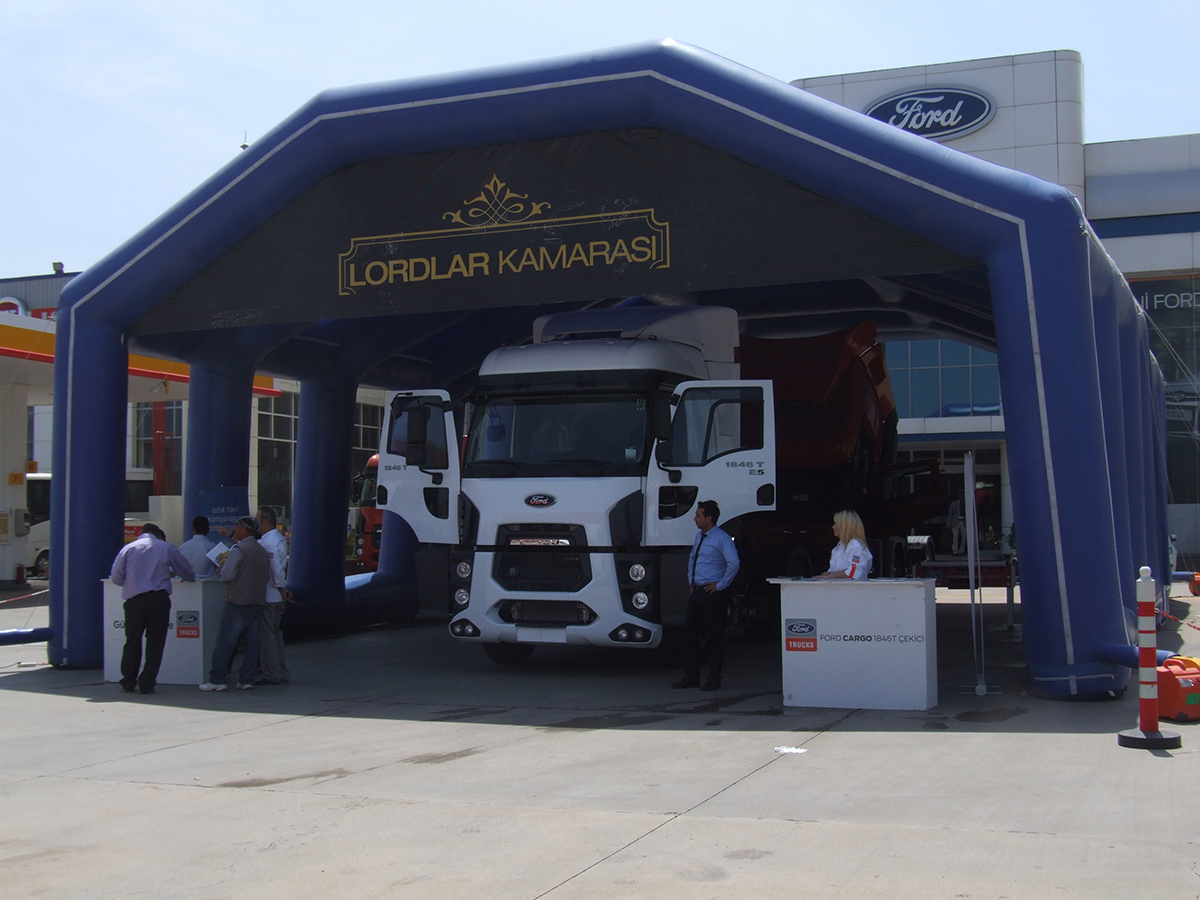 Ford Cargo - Roadshow